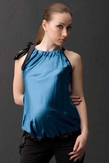 Одежда для беременных.  Туника атласная.  Блузки, кофты, свитера.